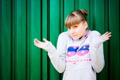 Confused teenage girl Royalty Free Stock Images