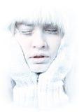 Congelato. Fronte femminile raffreddato coperto in ghiaccio. Immagine Stock