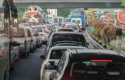 Congestão de tráfego rodoviário Imagens de Stock Royalty Free