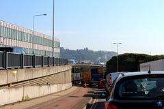 Congestión de tráfico de autopista A20 Dover Reino Unido Foto de archivo libre de regalías