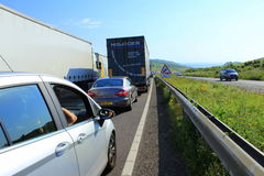 Congestion Douvres R-U de trafic autoroutier A20 Photo stock