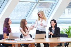 Congratulating business team Royalty Free Stock Images