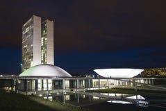 Congreso nacional brasileño en la noche Fotos de archivo libres de regalías