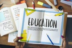 Conhecimento da escola que aprende o conceito do estudo dos Academics foto de stock royalty free