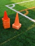 Coni al campo da calcio d'angolo Fotografia Stock