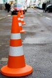 Coni arancioni di sicurezza Fotografie Stock Libere da Diritti