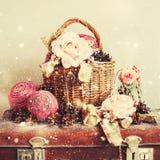 Coni d'annata di Toy Gifts Boll Rose Pine di Natale Fotografie Stock Libere da Diritti