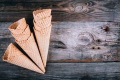 Coni della cialda del gelato Immagine Stock