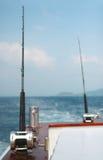 Coni retinici di pesca e colonna di ormeggio Fotografia Stock Libera da Diritti