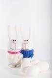 Coniglietti di pasqua ed uova bianche Immagini Stock Libere da Diritti