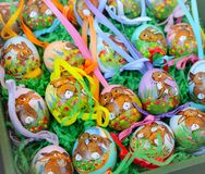 coniglietto dell'uovo di Pasqua fatto a mano fotografia stock