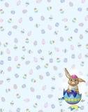 Coniglietto di Brown sul fondo dell'uovo di Pasqua Immagini Stock