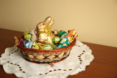 Coniglietto di pasqua ed uovo di Pasqua Immagine Stock