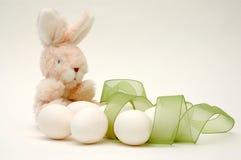 Coniglietto ed uova di pasqua Fotografia Stock