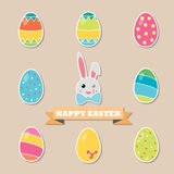 Coniglietto ed uova di pasqua felici Fotografia Stock Libera da Diritti