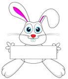 Coniglio di coniglietto bianco sveglio che tiene un segno in bianco Immagine Stock