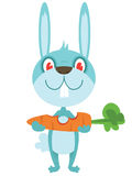 Coniglio felice con la carota Fotografia Stock Libera da Diritti