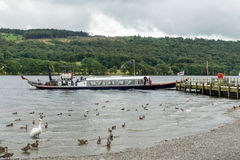 CONISTON WATER, LAKE DISTRICT/ENGLAND - AUGUST 21 : Steam Yacht Stock Photography