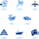 Conjunto azul del icono del recorrido y del turismo Imágenes de archivo libres de regalías