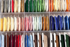 Conjunto coloreado de la cuerda de rosca Imagenes de archivo