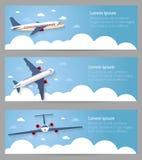 Conjunto de banderas del Web Vuelo del avión en el cielo Pasajero pl Fotografía de archivo