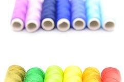 Conjunto de carretes coloridos de la cuerda de rosca Imágenes de archivo libres de regalías