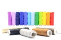 Conjunto de carretes coloridos de la cuerda de rosca Fotografía de archivo libre de regalías