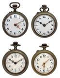 Conjunto de cuatro relojes de bolsillo viejos, aislado con el clip Imagen de archivo