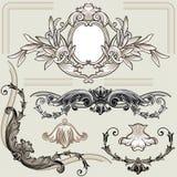 Conjunto de elementos florales clásicos de la decoración Imagenes de archivo