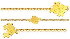 Conjunto de encadenamientos brillantes del oro con rompecabezas Imagen de archivo libre de regalías