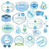 Conjunto de escrituras de la etiqueta del agua ilustración del vector