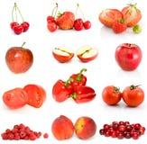 Conjunto de frutas, de bayas y de vehículos rojos Imágenes de archivo libres de regalías