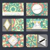 Conjunto de la tarjeta de visita Tarjeta con el modelo geométrico de la mandala Fotografía de archivo libre de regalías
