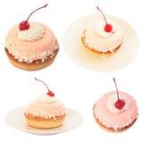 Conjunto de la torta dulce con la cereza imagen de archivo libre de regalías
