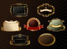 Conjunto de la vendimia del vector. El oro enmarca la escritura de la etiqueta decorativa Fotografía de archivo