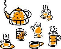 Conjunto de las tazas de la bebida y del crisol del té Imagen de archivo libre de regalías