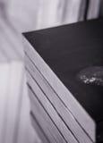 Conjunto de lona acabada del petróleo en un estudio del artista Fotografía de archivo