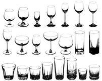 Conjunto de los vidrios para las bebidas alcohólicas Fotos de archivo libres de regalías