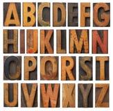Conjunto de madera del alfabeto de la vendimia Foto de archivo libre de regalías