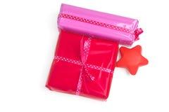 Conjunto de regalos y de una estrella Fotografía de archivo libre de regalías