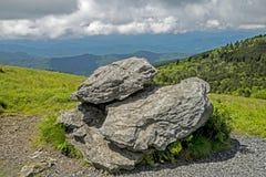 Conjunto de rochas no pico de Grayson Highlands State Park fotografia de stock