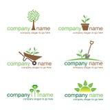 Conjunto de seis insignias que cultivan un huerto libre illustration