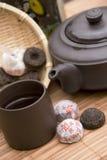 Conjunto de té de la PU Erh Fotos de archivo libres de regalías