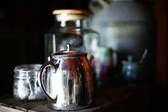 Conjunto de té de plata Fotos de archivo libres de regalías