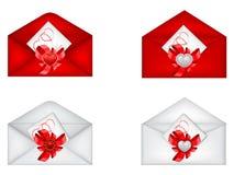 Conjunto de tarjeta del día de San Valentín decorativa del santo \ de 'sobres de s Fotos de archivo libres de regalías