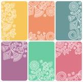 Conjunto de tarjetas con un modelo floral abstracto Foto de archivo libre de regalías
