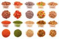 Conjunto de tuercas, de habas y de frutos secos. Imagen de archivo libre de regalías