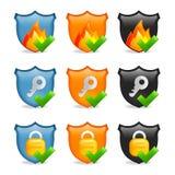 Conjunto del blindaje del icono de la seguridad del Internet ilustración del vector