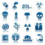 Conjunto del icono de los desastres apocalípticos y naturales Fotos de archivo libres de regalías