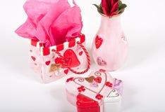 Conjunto del regalo de la tarjeta del día de San Valentín Imagen de archivo libre de regalías